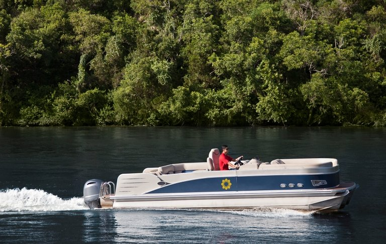Luxe Water Taxi 2
