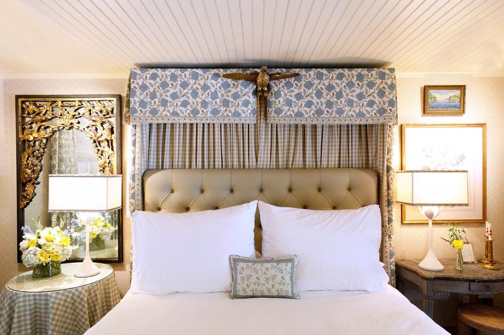 LBJ Bedroom at Lake Austin