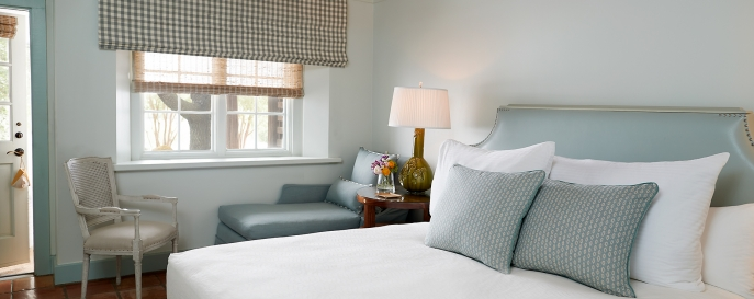 California King Bed in the Luxury Garden room
